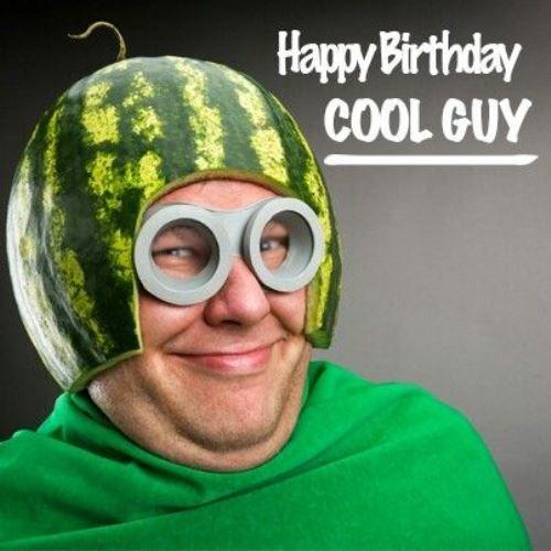 Ảnh sinh nhật vui vẻ hài hước dành cho bạn bè