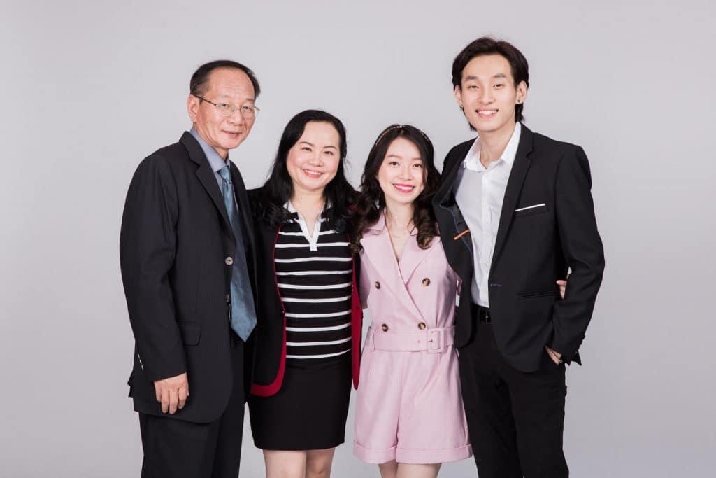 Ảnh chân dung gia đình