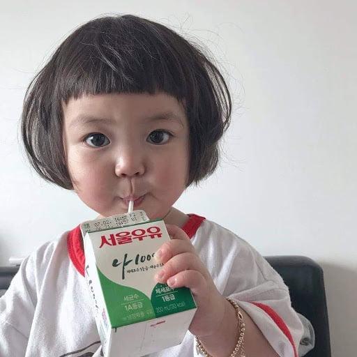 Bé gái cute dễ thương Hàn quốc