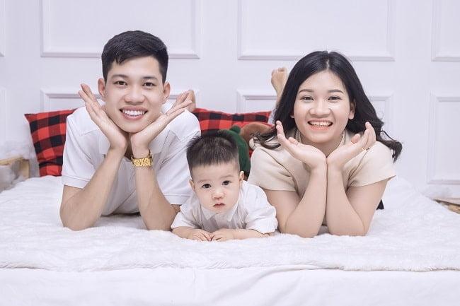 Bộ hình gia đình 3 người cute