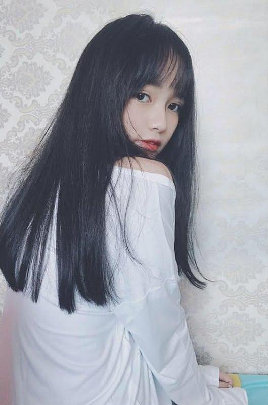 Gái đẹp tóc dài ngầu chất
