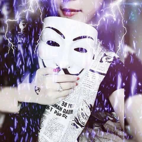 Tải hình hacker nữ ngầu