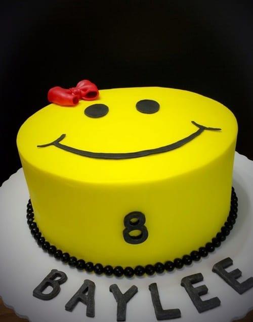 Ảnh bánh sinh nhật hình mặt cười