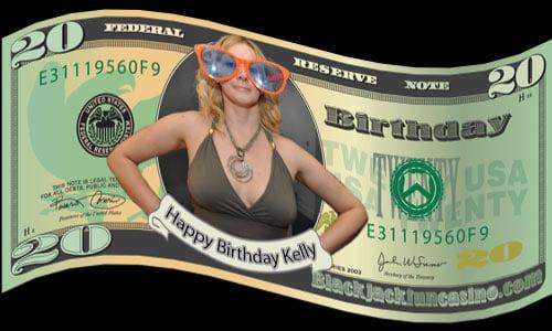 Ảnh sinh nhật độc lạ với hình tờ tiền đô