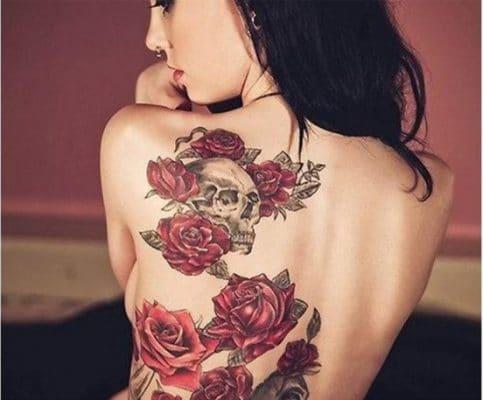 Ảnh xăm hoa hồng và ác quỷ nửa lưng cho nữ