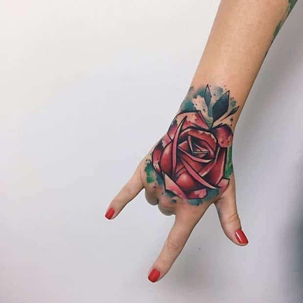 Bàn tay xăm hoa hồng đẹp nhất