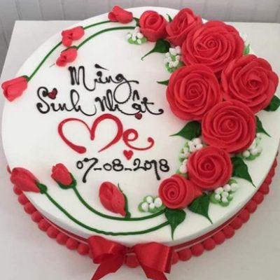 Bánh kem hoa hồng chúc mừng sinh nhật mẹ