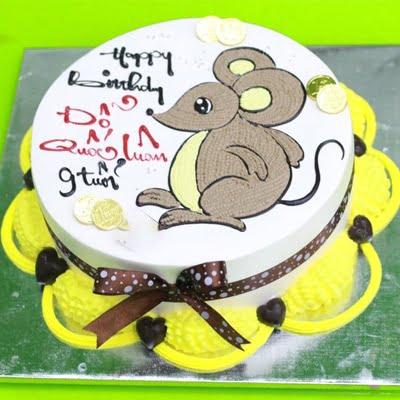 Bánh sinh nhật hình con chuột đáng yêu