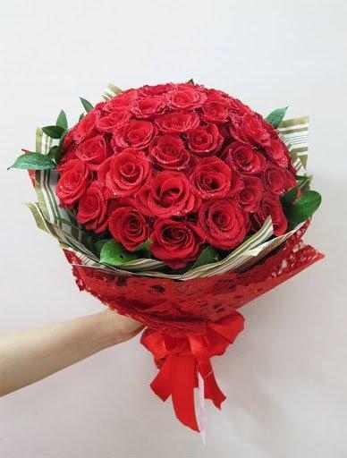 Bó hoa hồng đẹp gửi tặng chị gái