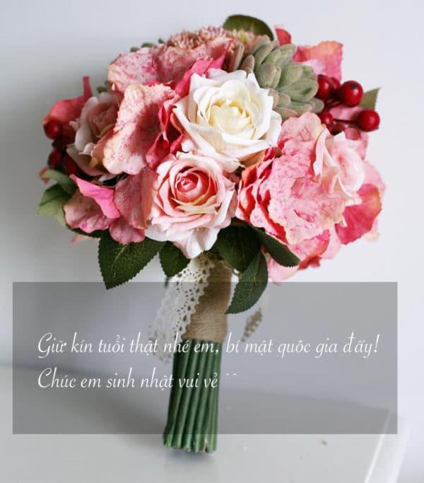 Bó hoa kèm lời chúc độc đáo nhân ngày sinh nhật