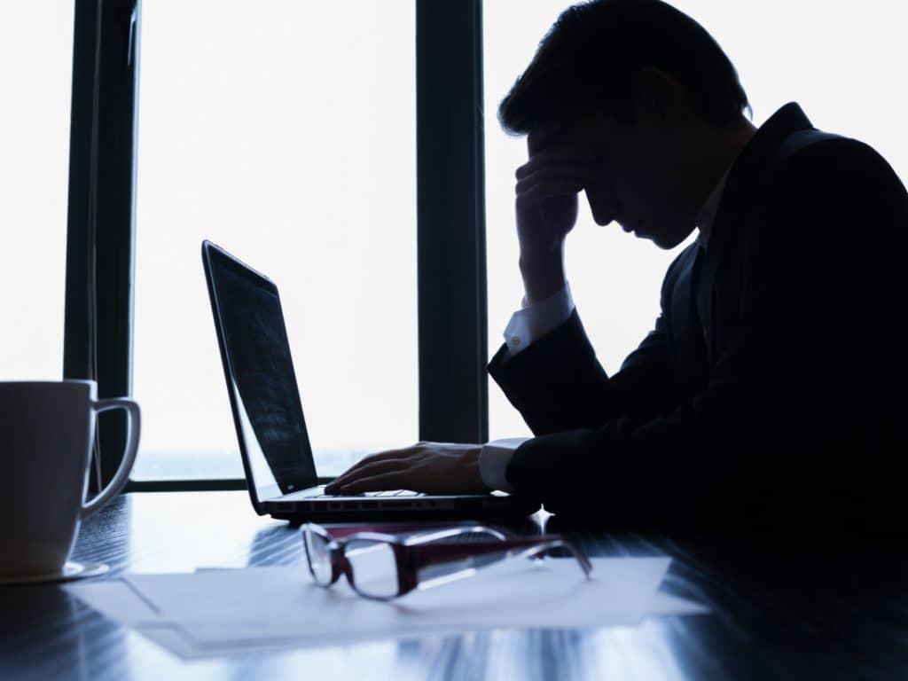 Công việc khó khăn khiến con người thất vọng