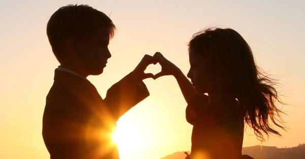 Hình tình yêu dễ thương