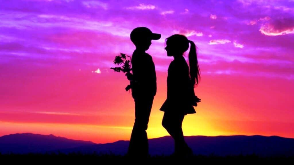 Hình tình yêu lãng mạn
