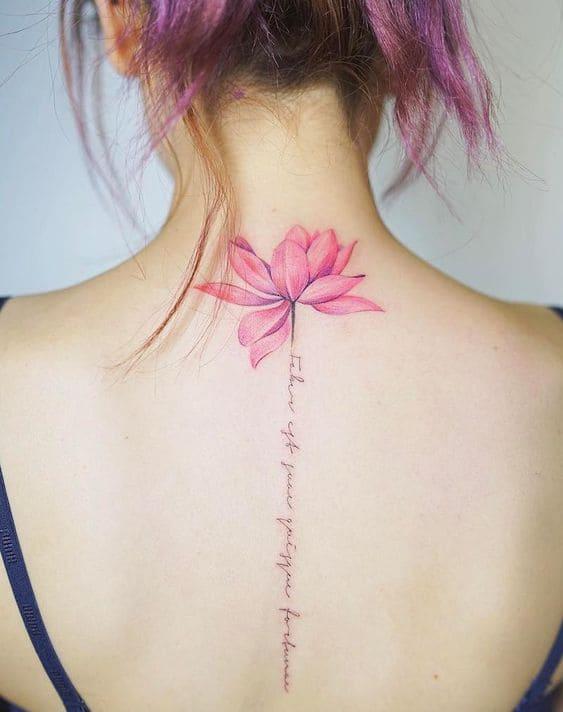 Hình Xăm Sau Lưng Nữ bông hoa
