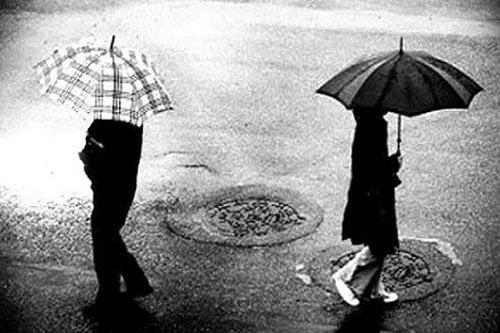 Hình ảnh buồn về tình yêu tan vỡ