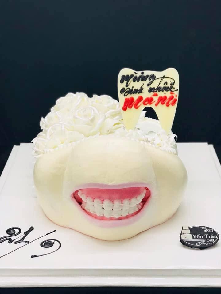 Hình ảnh sinh nhật hài hước và vui vẻ với bộ răng