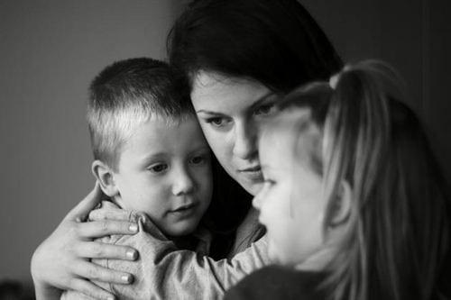 Hình ảnh thất vọng về mệt mỏi trong cuộc sống gia đình