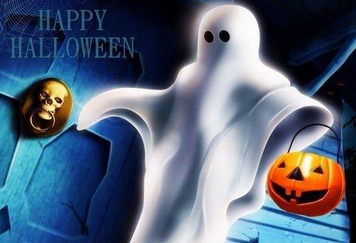 Hình con ma Halloween màu trắng