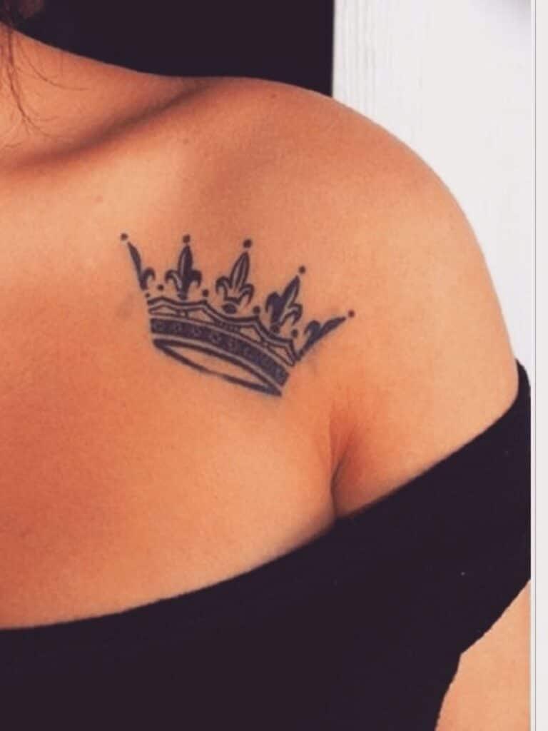Hình tattoo vương miện đẹp cho nữ