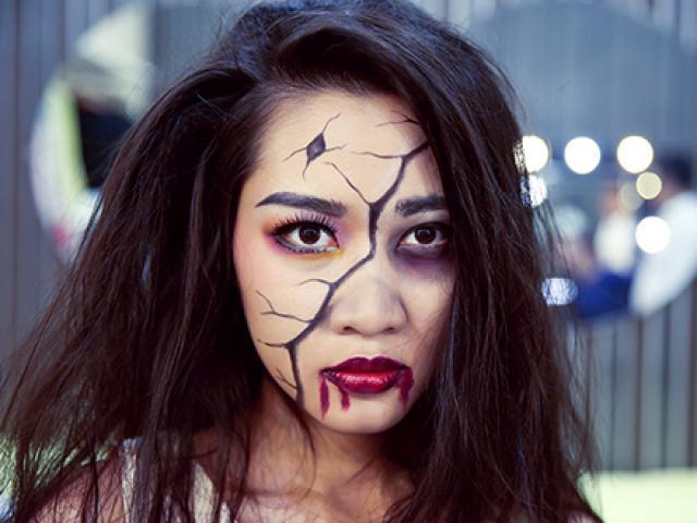 Hình vẽ Halloween trên mặt