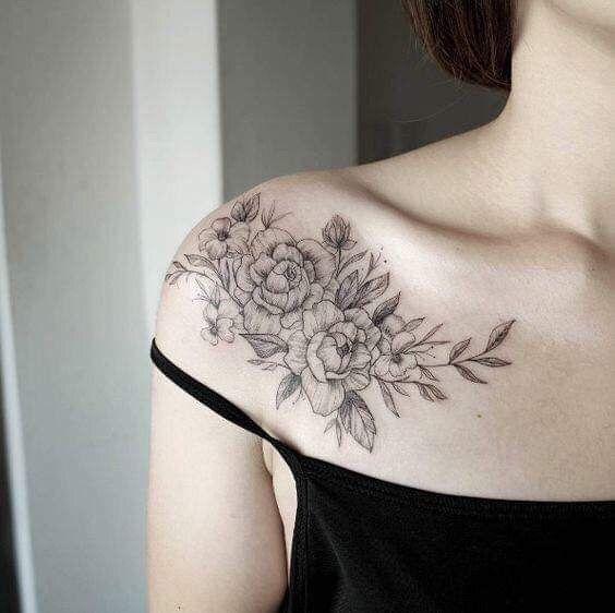 Hình xăm vai bông hồng