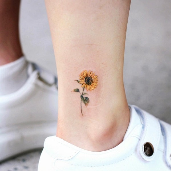 Mẫu hoa hướng dương nhỏ xinh và dễ thương