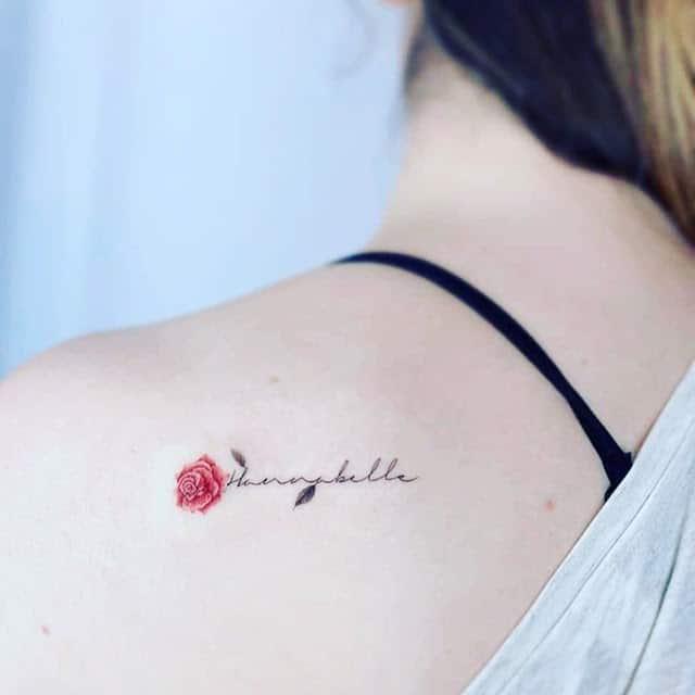 Mẫu tattoo hoa hồng và chữ