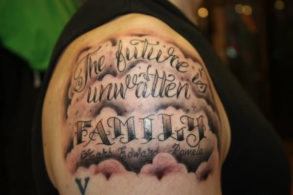 Mẫu tattoo xăm ý nghĩa trên vai về gia đình