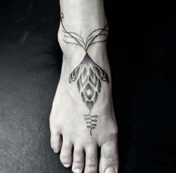 Mẫu xăm chân đẹp cho phái nữ