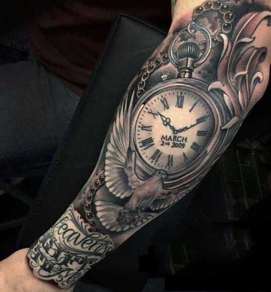 Mẫu xăm đồng hồ ở tay mạnh mẽ và độc đáo