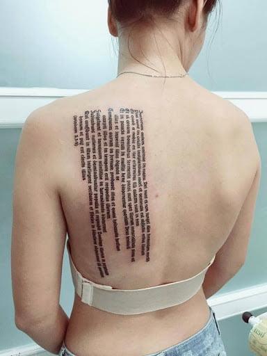 Mẫu xăm nhiều chữ sau lưng để nói về một ý nghĩa