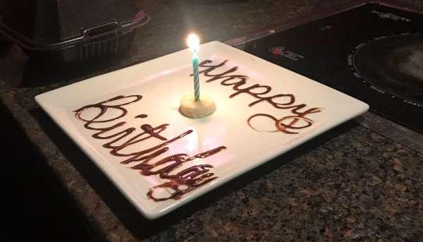 Một ngày sinh nhật buồn không bánh