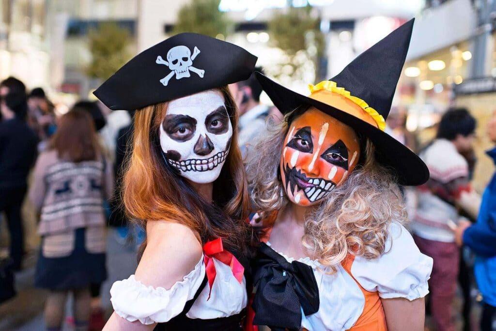 Hình Halloween hóa trang độc đáo