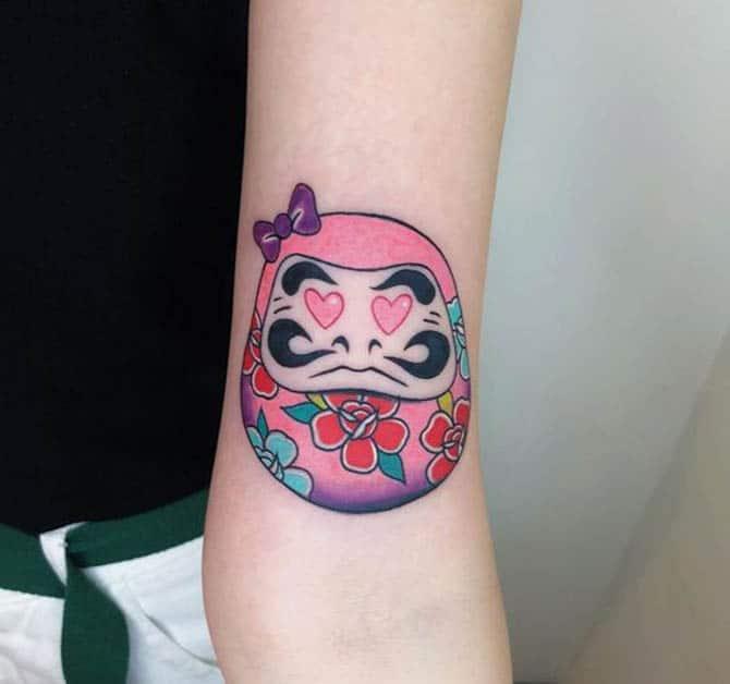Tattoo daruma dễ thương cho nữ