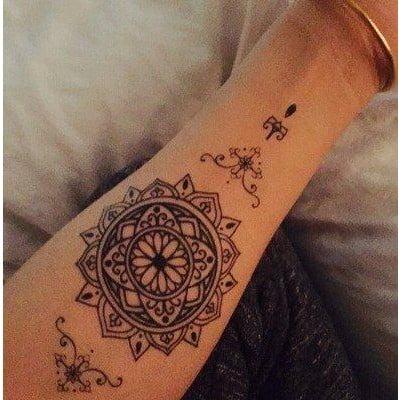 Tattoo hoa văn quyến rũ dành cho phái đẹp