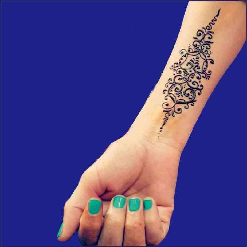 Tattoo hoa văn sen đẹp cho nữ