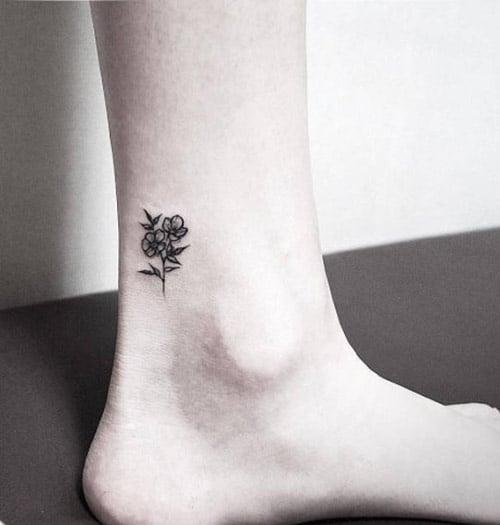 Tattoo xăm đẹp ở cổ chân cho nữ