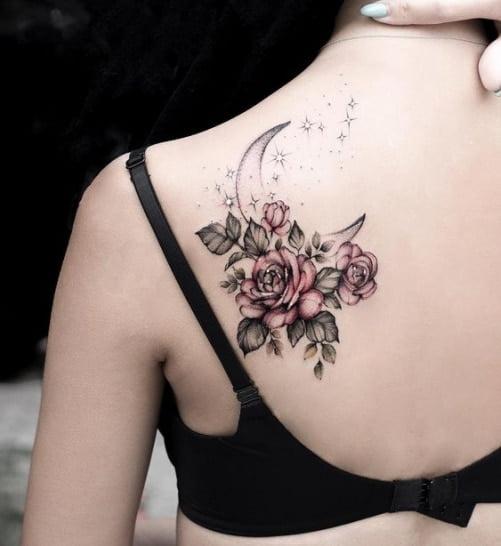 Xăm hoa hồng ở vai đẹp