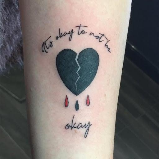 Xăm tattoo trái tim tan vỡ buồn