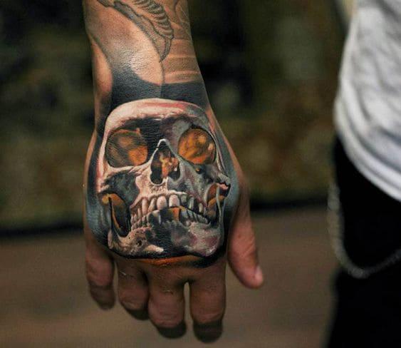 ảnh tattoo chất ngầu trên mu bàn tay