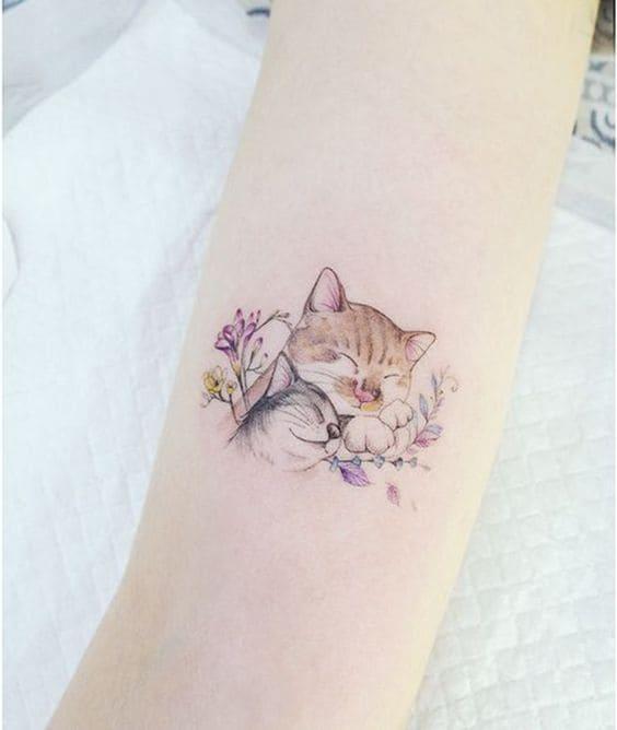 ảnh tattoo hai chú mèo ở tay đáng yêu