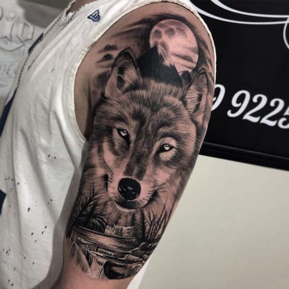 ảnh xăm tattoo chó sói dưới trăng