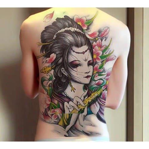 hình ảnh tattoo cô gái trung hoa sau lưng cho nam giới
