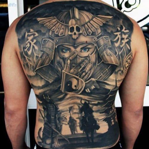hình ảnh tattoo kín lưng phong cách châu Âu