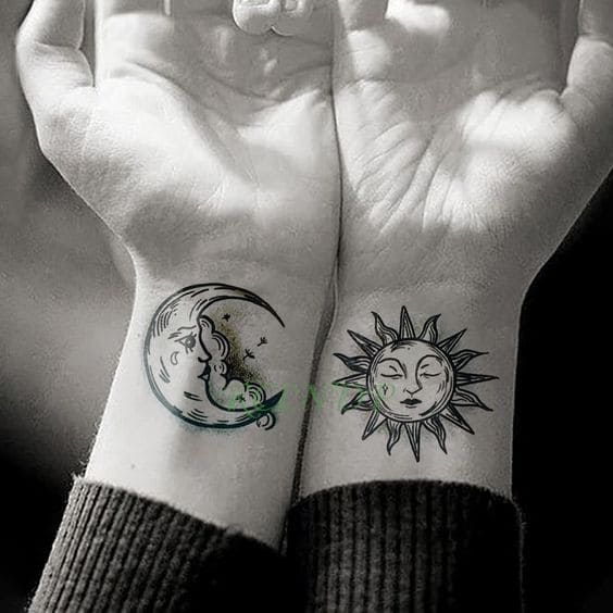 hình ảnh xăm mặt trăng mặt trời cho cặp đôi yêu nhau