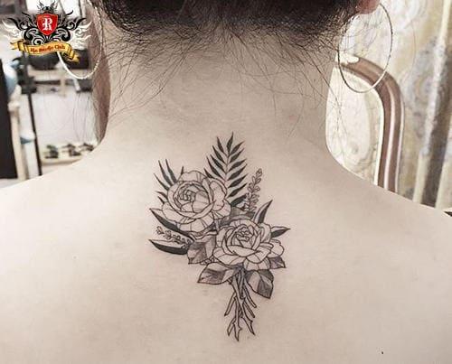 hình tattoo hoa hồng sau gáy cho nữ đơn giản