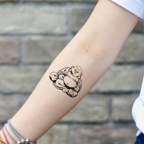 hình tattoo phật di lặc cho nữ