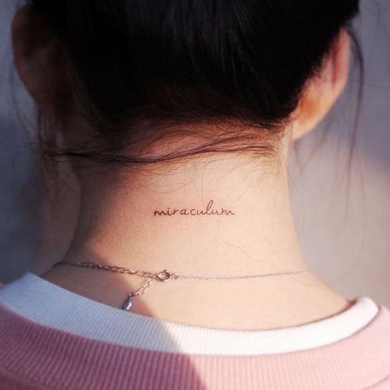 kiểu tattoo chữ kiểu cho con gái ở nữ