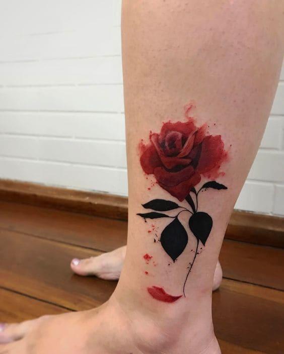 mẫu hình tattoo bắp chân đẹp nhất cho nữ