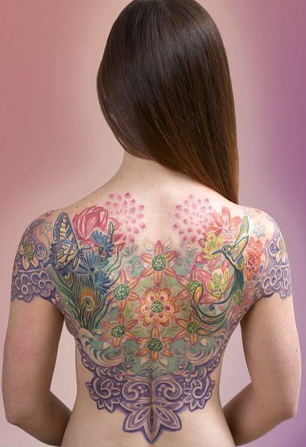 mẫu hình tattoo hoa văn đẹp ngất ngây bít lưng cho nữ